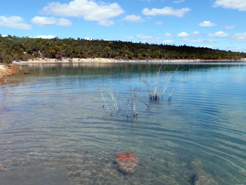 Pit lake closure as flow-through